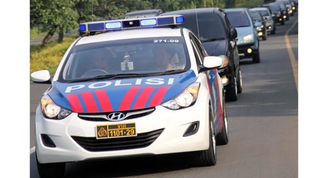 konvoi polisi